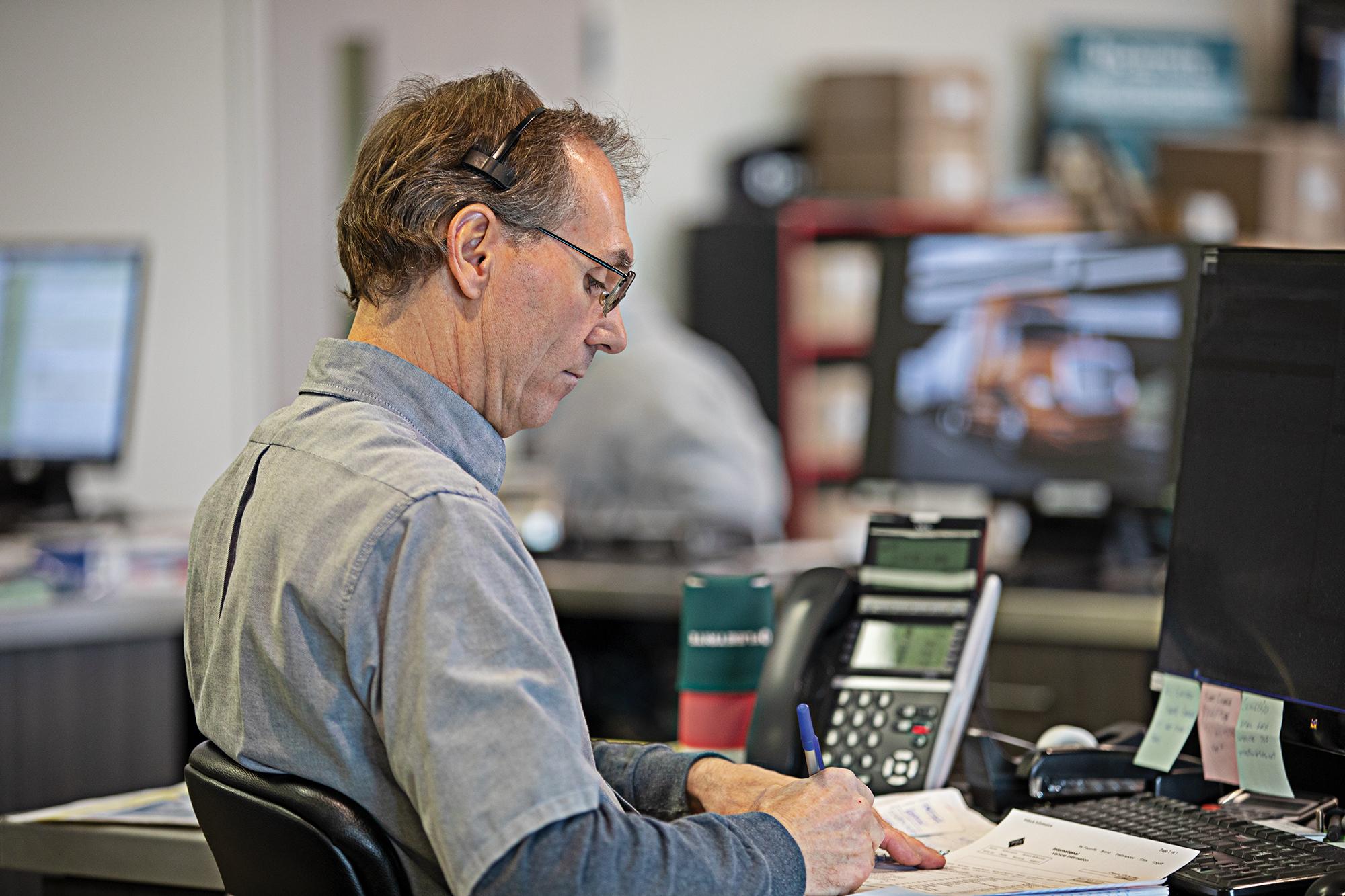 Fleet Services, caller, operator, fleets, assistance